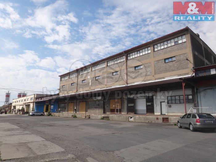 Pronájem, skladové prostory, 500 m2, Kladno, ul. M. Horákové