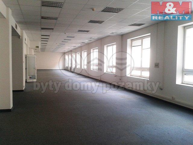 Pronájem, kancelářský prostor, 550 m2, Praha 9 – Libeň