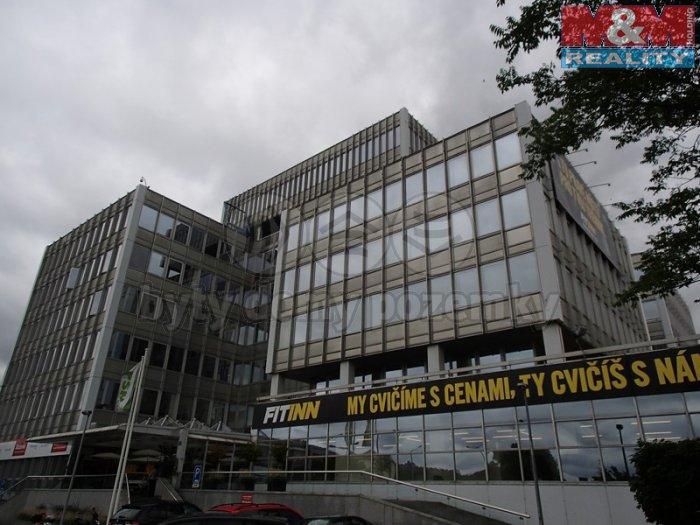 Pronájem, kanceláře, 1 400 m2, Praha 7 - Holešovice