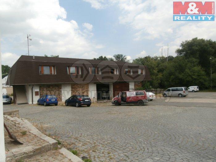 Prodej, výrobní objekt, 3881 m2, Praha 10 - Královice
