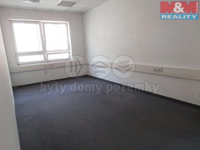 Pronájem, kancelářské prostory, 550 m2, Praha 9 - Libeň