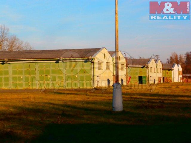 Prodej, skladově-logistický areál, 59000 m2, Terezín