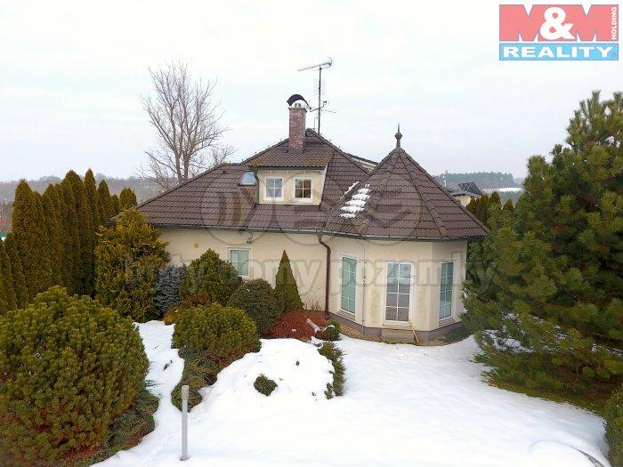 Prodej, rodinný dům 6+1, 1687 m2, Výžerky