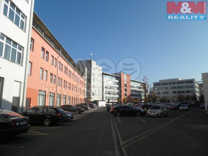Pronájem, kanceláře, 1280 m2, Praha 3 - Strašnice