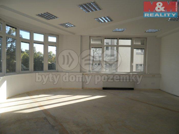 Pronájem, kanceláře, 248 m2, Praha 3 - Strašnice