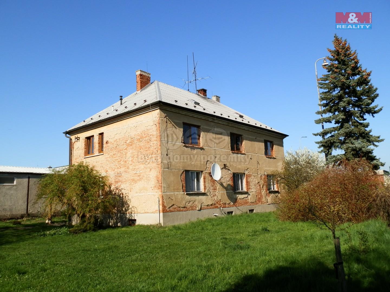 Prodej, rodinný dům 4+1 a 3+1, Kroměříž, Holešov