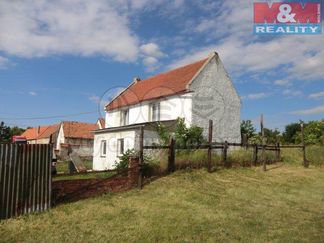 Prodej, rodinný dům 4+1, 992 m2, Žatec - Milčeves