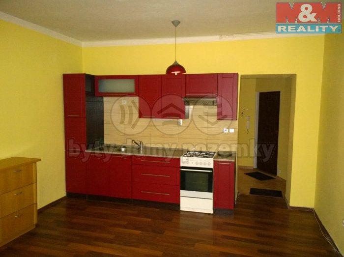 Prodej, byt 2+kk, 48 m2, Karlovy Vary - Drahovice