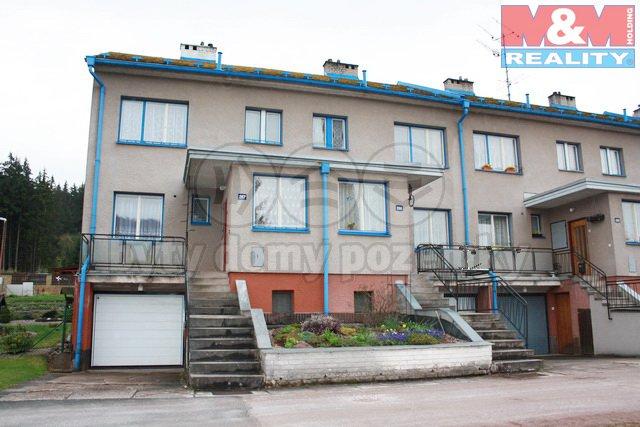 Prodej, rodinný dům 4+1, Pecka