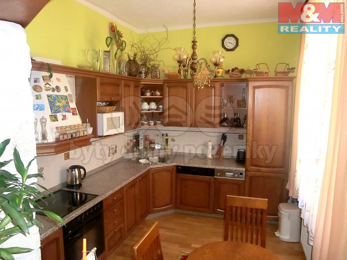 Prodej, byt 3+1, 93 m2, OV, Karlovy Vary, ul. Raisova