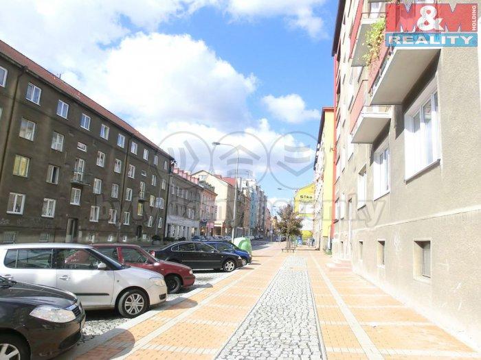 Prodej, byt 1+kk, 26 m2, terasa, Rybáře, Karlovy Vary