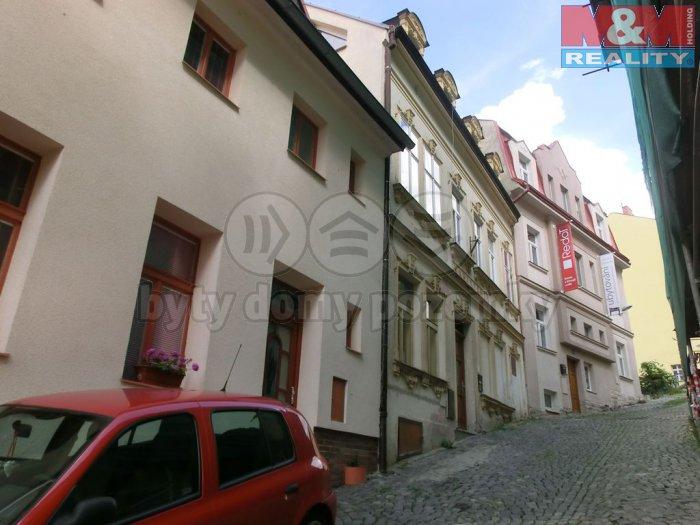 Prodej byt 3+1, 125 m2, mezonet, Karlovy Vary, lázeňská zóna