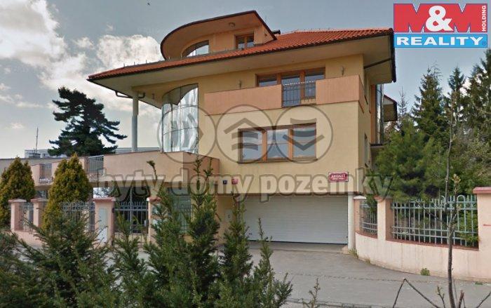 Pronájem, vila, 790 m2, Praha 8 - Kobylisy