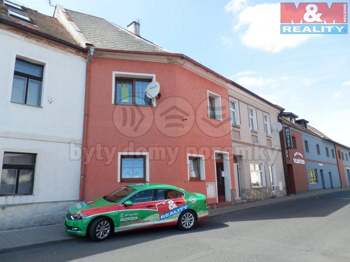 Prodej, rodinný dům 5+1, 88 m2, Skalná, ul. Česká + garáž