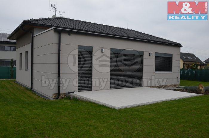 Pronájem, rodinný dům 4+kk, 125 m2, Šestajovice