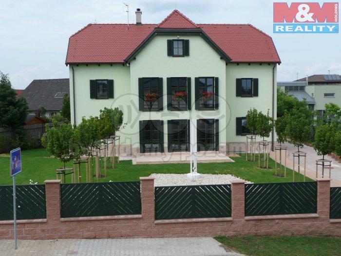 Prodej, rodinný dům, 360 m2, Praha 8 - Ďáblice