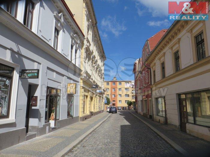 Pronájem, obchodní prostory, 35 m2, Chomutov, ul. Nerudova