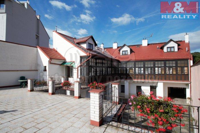 Prodej, nájemní dům, 570 m2, Praha 8 - Libeň