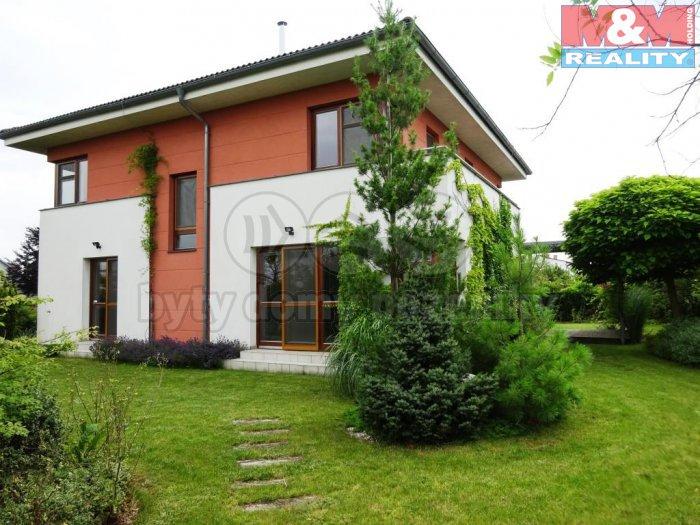 Pronájem, rodinný dům, 238 m2, Praha 6 - Suchdol, ul. Kosova