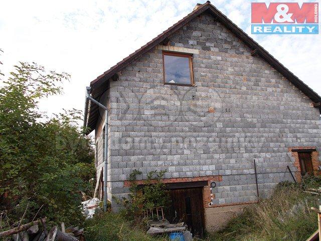 Prodej, rodinný dům 4+1, 600 m2, Pavlíkov