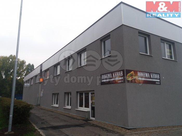 Prodej, obchod a služby, 14,1 m2, Kadaň, ul. Na Průtahu.