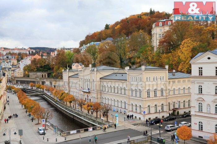 Pronájem, obchodní prostory, 23 m2, Karlovy Vary