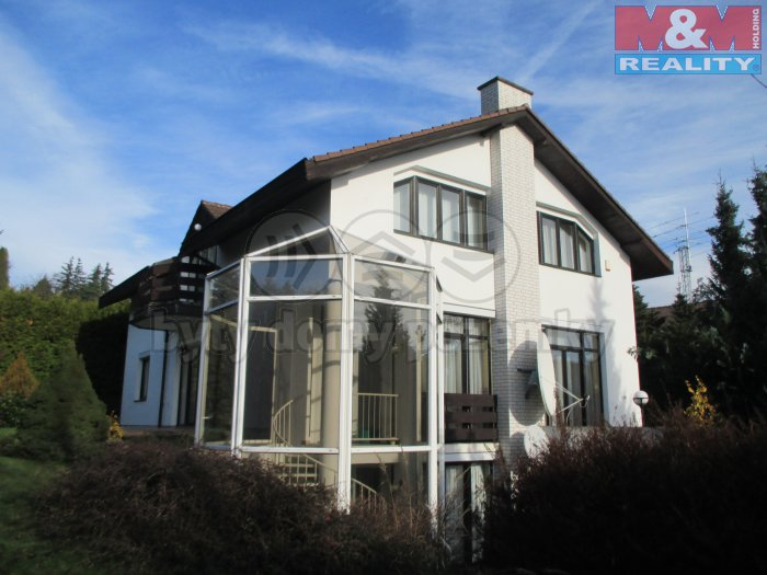 Prodej, rodinný dům 9+1, 1091 m2, Kamenice u Prahy