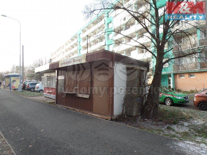 Prodej, stánek, 18 m2, Chomutov, ul. Březenecká