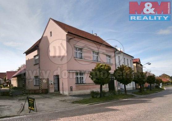 Prodej, rodinný dům 7+1, 390 m2, Týnec nad Labem