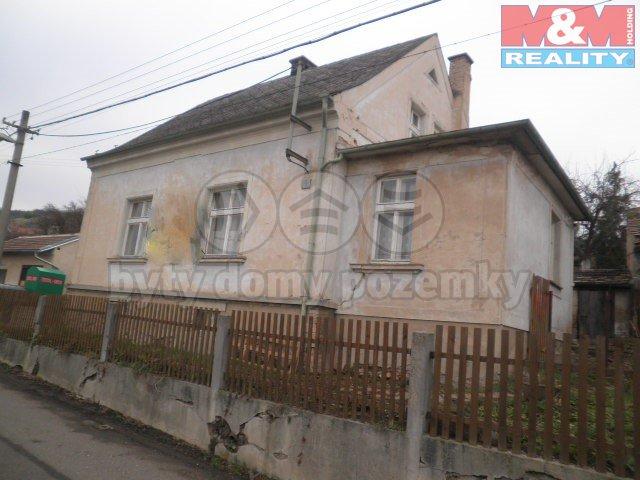 Prodej, rodinný dům 3+1, 886 m2, Miřejovice