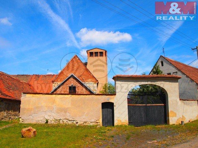 Prodej, zemědělská usedlost, 2439 m2, Zálužice