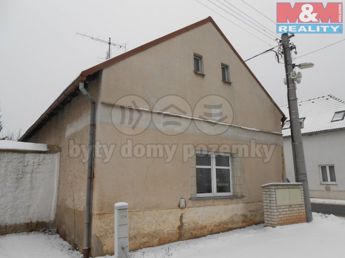 Prodej, rodinný dům 2+1, 180 m2, Senec