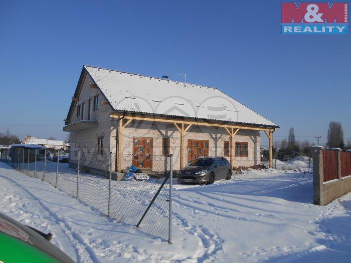 Prodej, rodinný dům 6+1, 800 m2, Tišice - Chrást