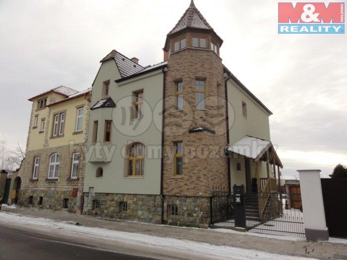 Prodej, rodinný dům 8+1, 290 m2, Žatec