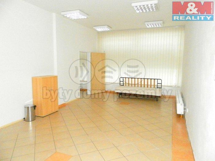 Prodej, obchodní prostory, kanceláře, Krnov