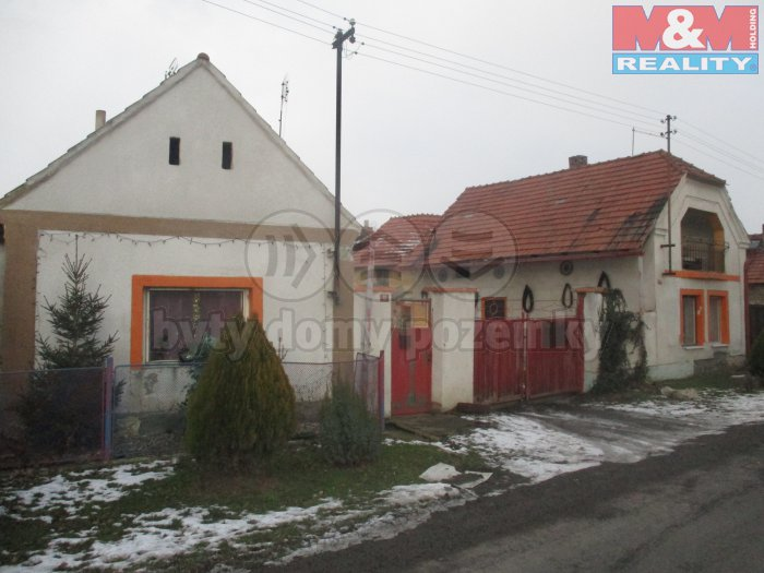 Prodej, 2 rodinné domy 2+1,1+1, v Obci Třtěno