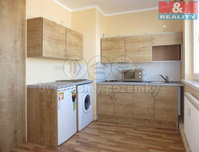 Prodej, byt 1+1, 30m2, Karlovy Vary - Bohatice