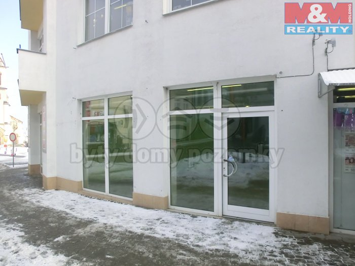 Pronájem, obchod, 54 m2, Kladno