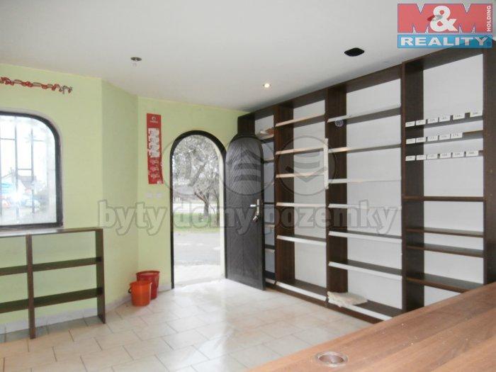 Prodej, obchodní prostory, 33 m2, Šťáhlavy