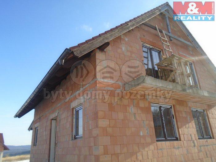 Prodej, rodinný dům 4+1, 939 m2, Stará Huť u Dobříše