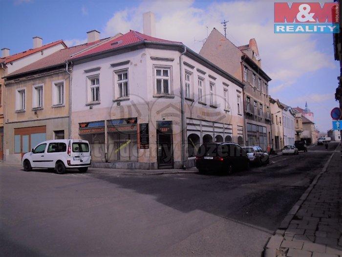 Prodej, nájemní dům s komerčními prostory, 580 m2, Duchcov