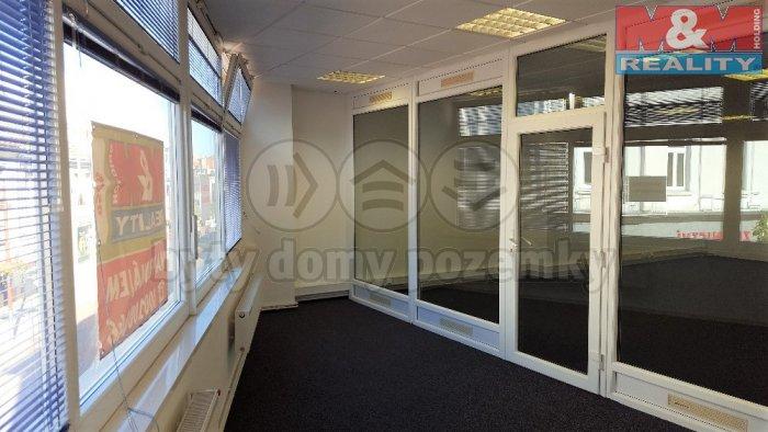 Pronájem, kancelářské prostory, 110 m2, Kladno - centrum