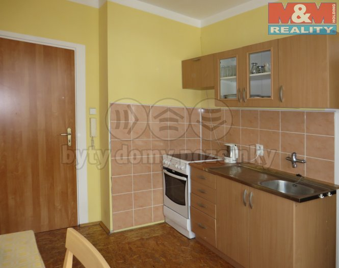 Prodej, byt 1+1, 29 m2, Karlovy Vary, ul. Vítězná