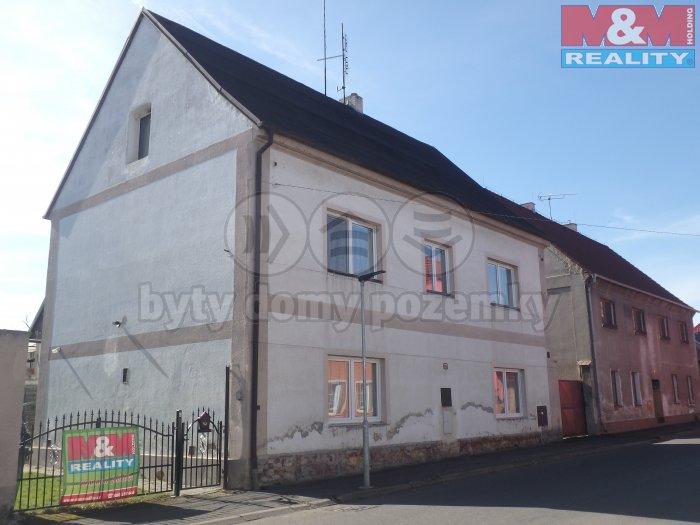 Prodej, rodinný dům 5+2, 484 m2, Údlice, ul. Revoluční