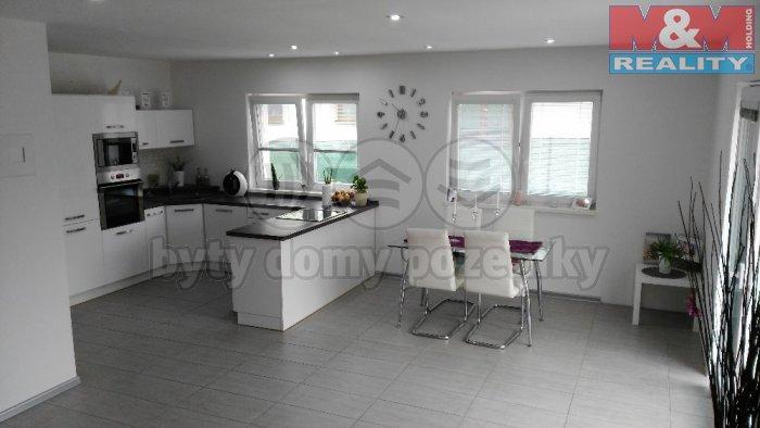 Prodej, rodinný dům 4+1, 945 m2, Lom u Mostu, ul. Alšova