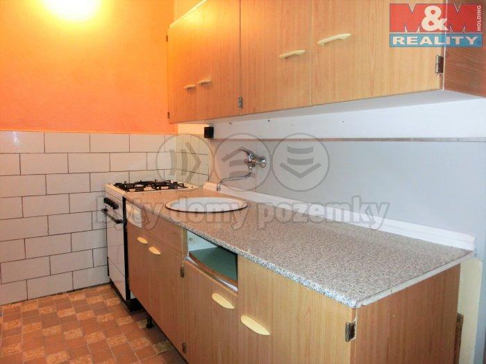 Prodej, byt 2+1, 56 m2, Hroznětín, ul. Sídliště
