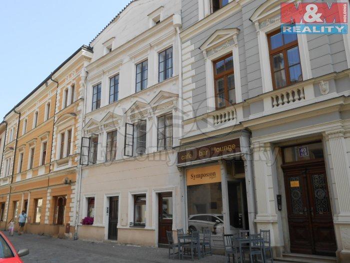 Prodej, nájemní dům 8+4, 422 m2, Pardubice - Staré město