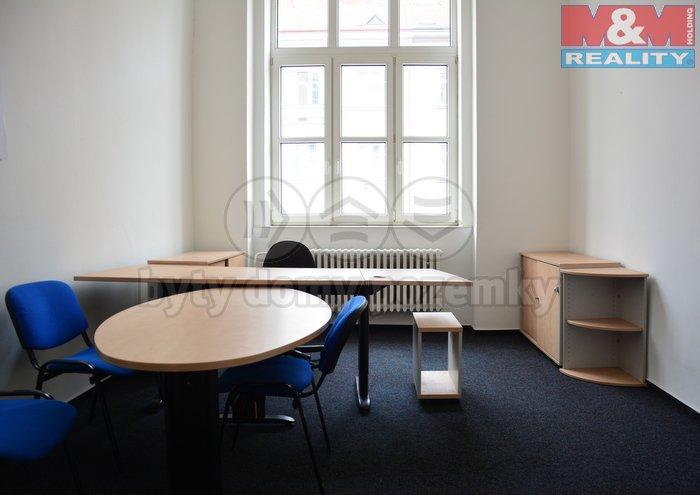 Pronájem, kancelářský prostor, 17 m2, Praha 4 - Nusle