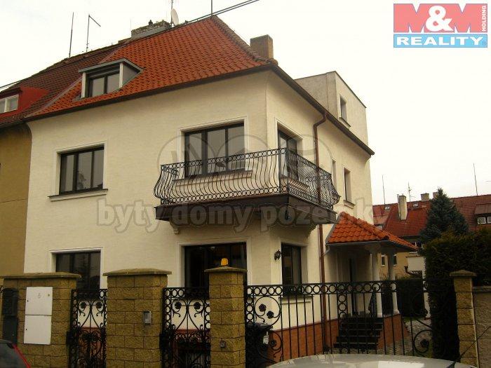 Pronájem, rodinný dům 10+1, 280m2, Praha 6 - Liboc