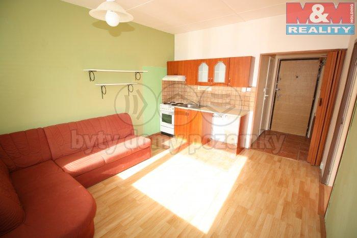 Prodej, byt 1+1/L, 42 m2, Praha 4 - Lhotka